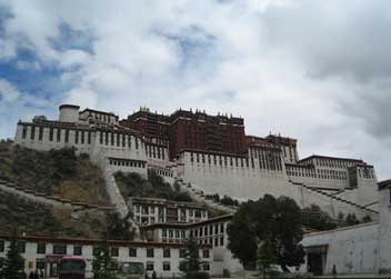 Potala-palace-tour-in-tibet
